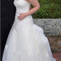 Enzoani Ivory Tulle & Lace Dabra Feminine Wedding Dress Size 10 (m