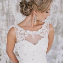 Vintage Wedding Updo Hairstyle With Headpiece Ideas