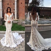 Modest Lace Mermaid Wedding Dresses With Long Sleeves V