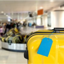 The 11 Best Luggage Tags On The Market For Travelers [2019]