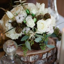 Winter White Rustic Chic Flowers That Are Season Approved