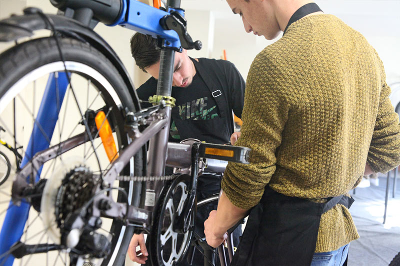 formation technicien cycles en alternance en Bretagne