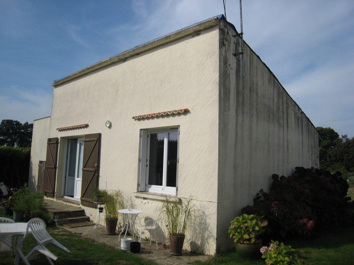 Facade exterieur maison faade de cette belle maison vue for Isolation facade exterieur