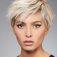 perruque courte jeune blonde platine