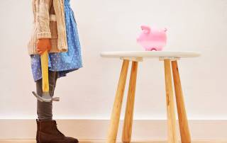 Breaking-the-Piggy-bank