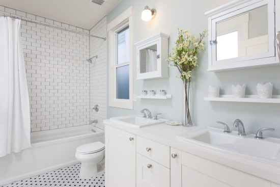 All white bathroom delightful all white and simple tile - Average cost of a new bathroom 2017 ...