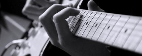 Guitare en tete