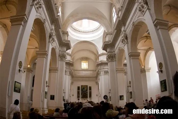 katedrala1.jpg