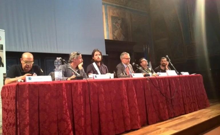 Radio Perusia: I Social Network come strumento di comunicazione ma non improvvisiamo!