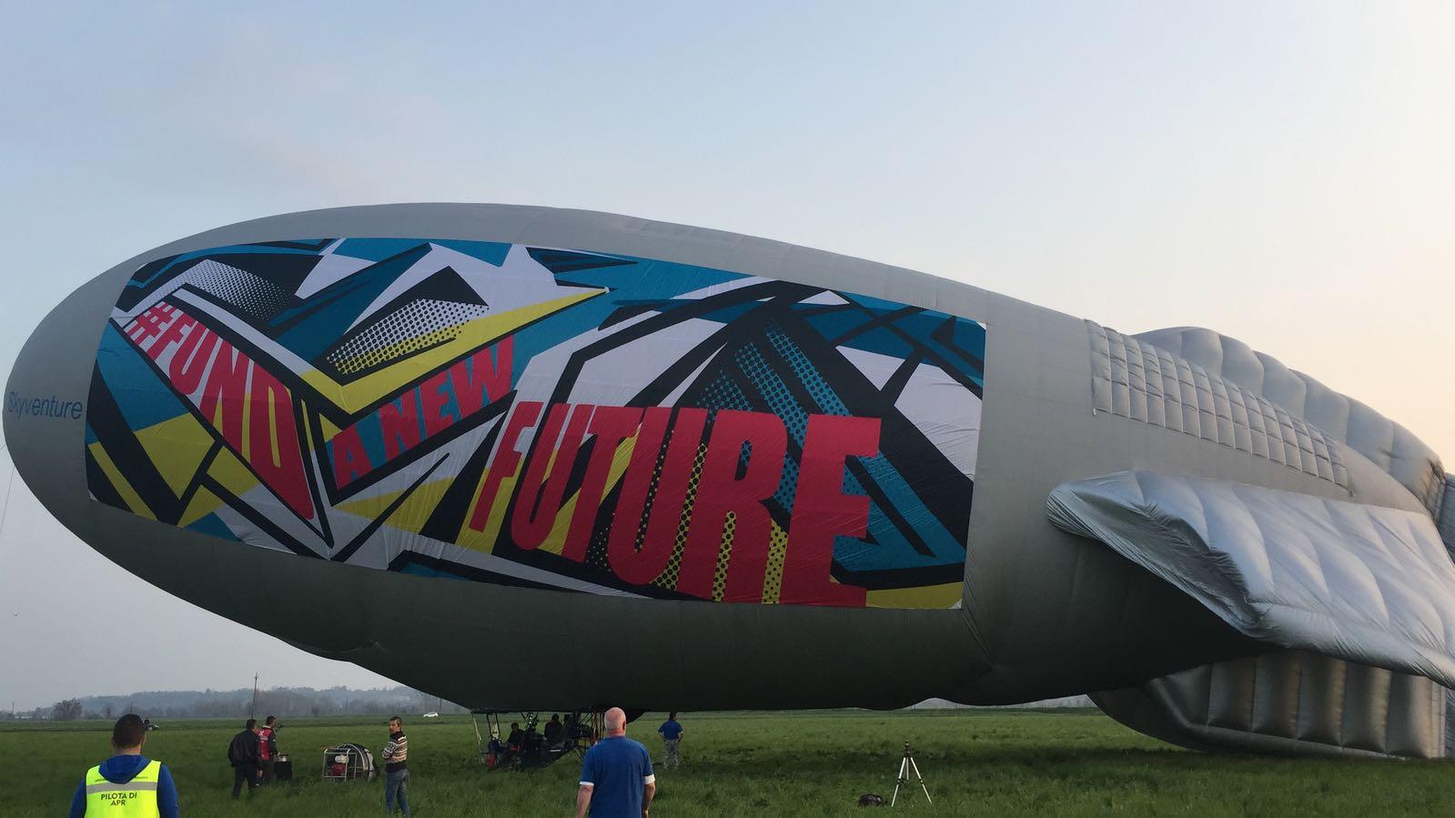 A Flying Artwork, Emiliano Ponzi2