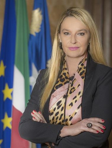 Nota di Stefania Pucciarelli su Croce Rossa Italiana