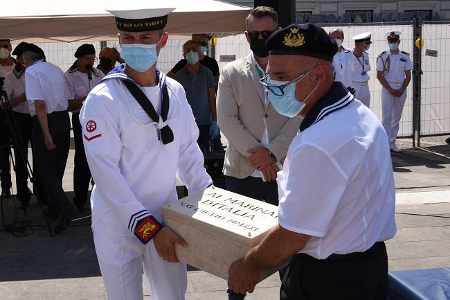 Sottosegretario Pucciarelli: opera dedicata ai Marinai d'Italia per mantenere viva la memoria di quanti hanno sacrificato la vita per il nostro Paese
