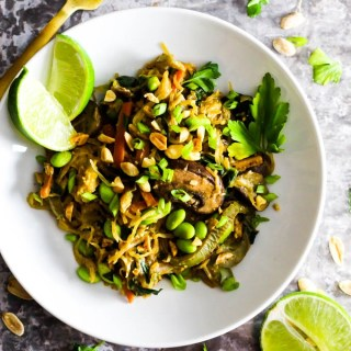 This Spaghetti Squash Peanut Stir Fry is an easy, hearty, vegetable-packed dinner that's done in just 1 hour. Vegan & gluten-free!