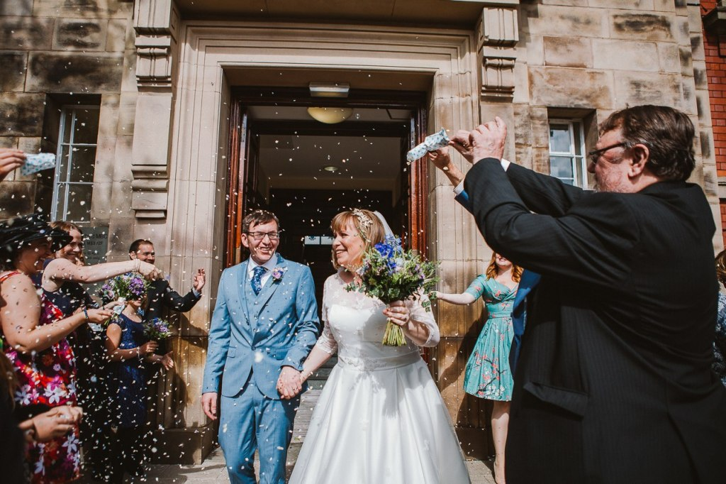 Relaxed Manchester wedding photographer