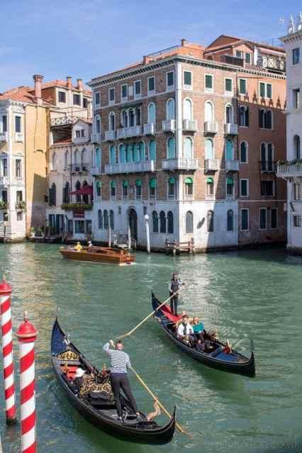 Venice-canal-with-gondolas