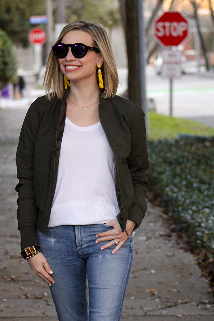 How to Choose your Mardi Gras Parade Outfit, styling tips featured by top Louisiana fashion blogger, Emily Villere Dixon