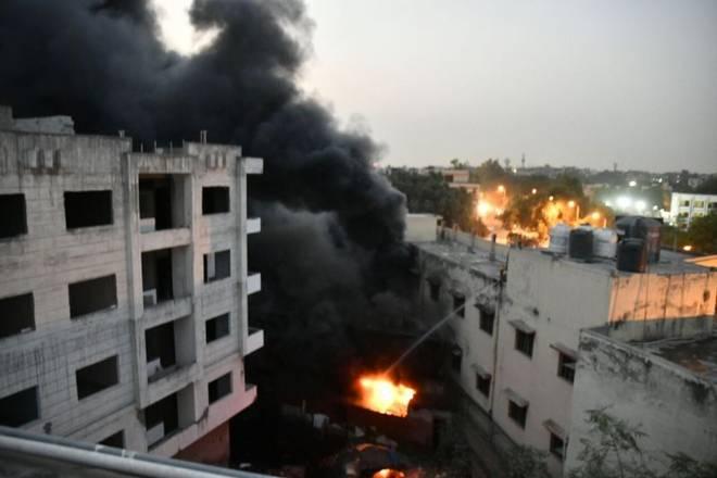 fire in south delhi