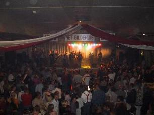 Optreden van Stortplaats BV.