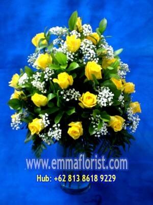 Rangkaian Bunga Meja Mawar Kuning