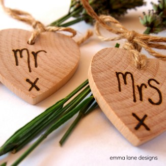 Wooden heart wedding favour
