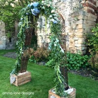 Willow arch for hire