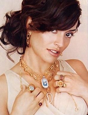 Emmanuelle Vaugier hollywood life