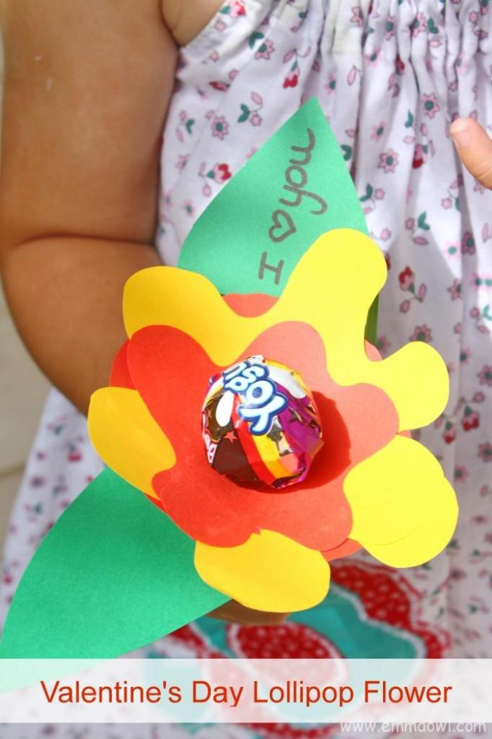 Valentine's Flower with Lollypop. Fun, friendly Children's Valentine Idea.
