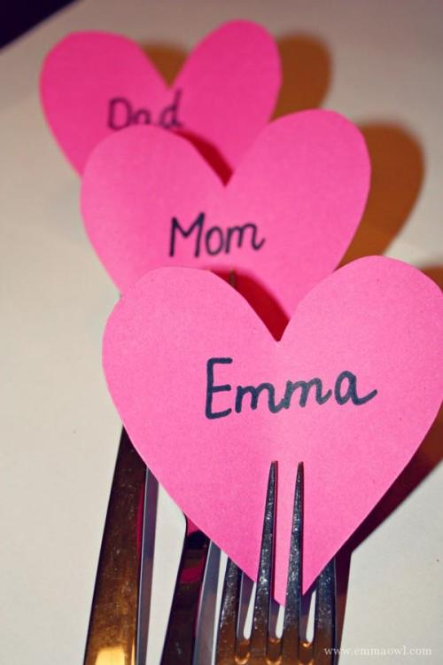 Great little Valentines table name card idea!