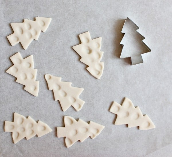 Making salt dough fingerprint christmas trees