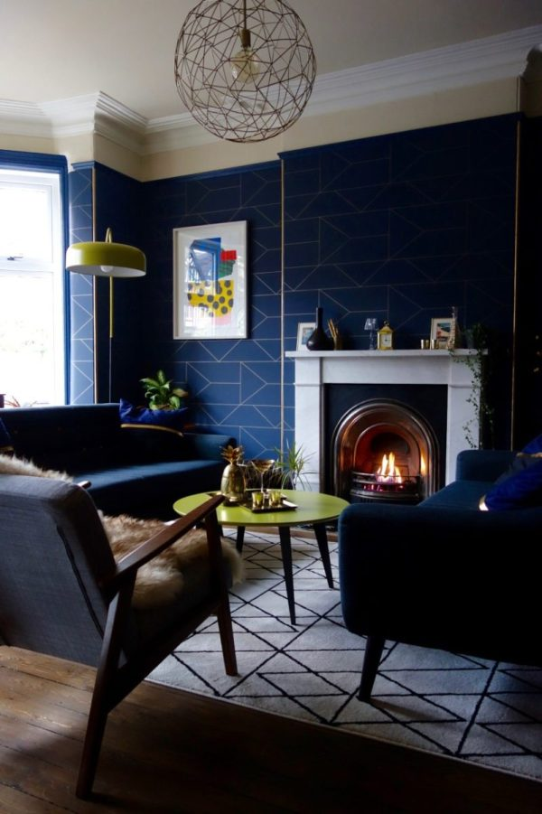 Geometric wallpaper, lighing and furnishings in Karen Knox's Drawing Room Makeover via Making Spaces
