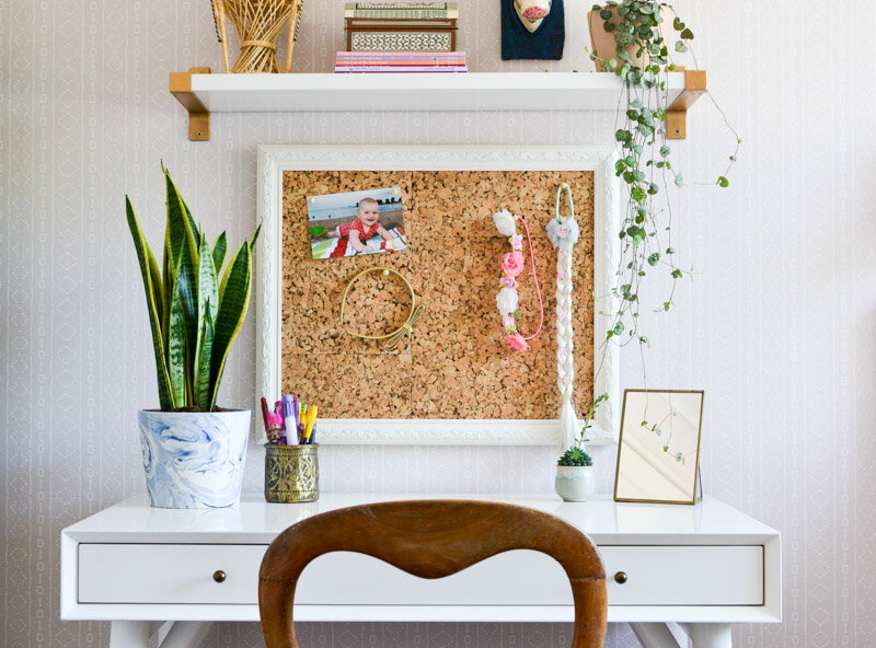 Global boho kids bedroom makeover - DIY pin board