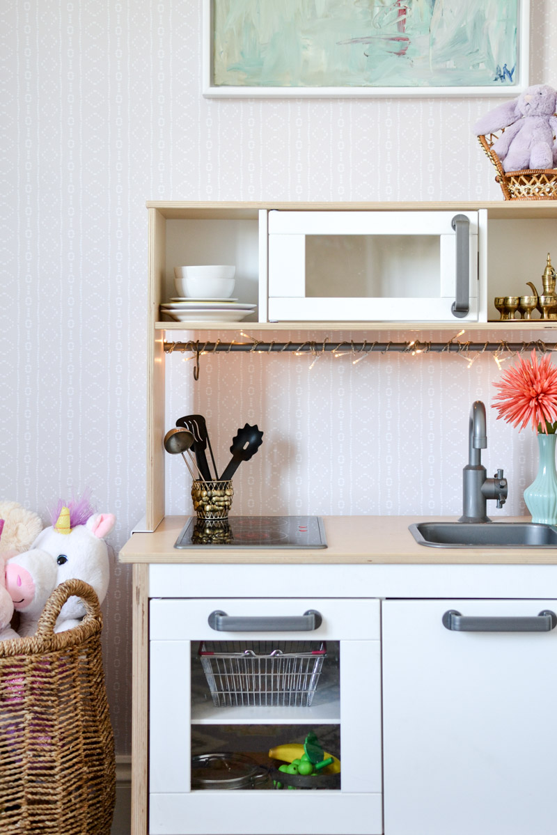 Global boho kids bedroom makeover - Ikea Duktig play kitchen