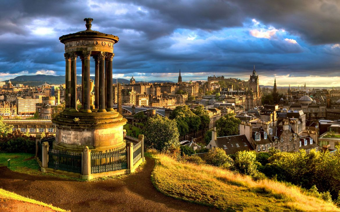 Escocia Dugald-Stewart-Monument-Edinburgh-Scotland-2