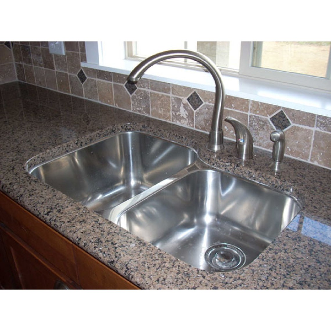 31 Inch Stainless Steel Undermount 60/40 Double Bowl ...