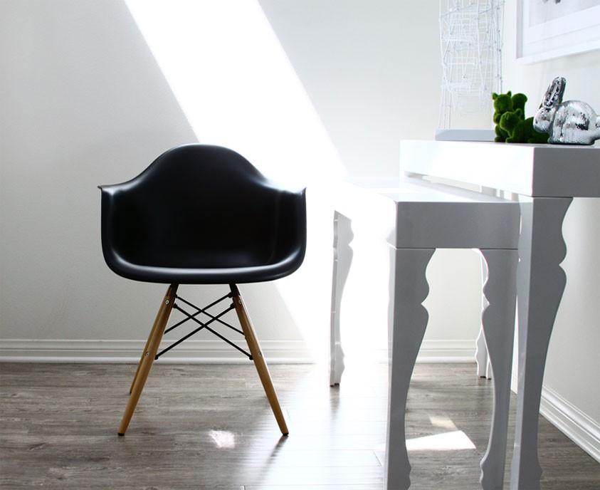 Set Of 4 Eames Style DAW Molded Black Plastic Dining Armchair With Dark Walnut Wood Eiffel Legs