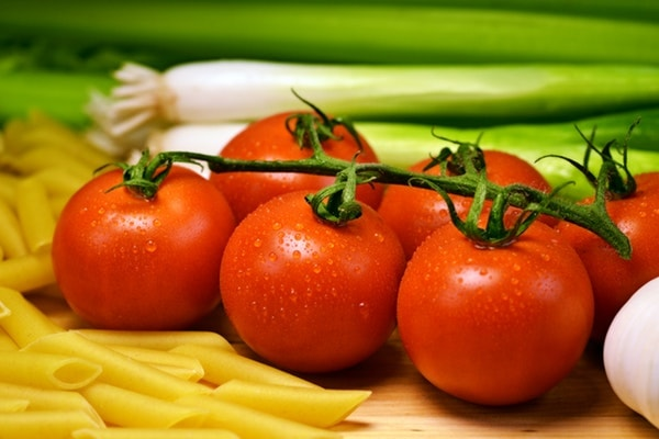 Processing Tomatoes - Top 12 Home Based Food Business Ideas with Low Investment