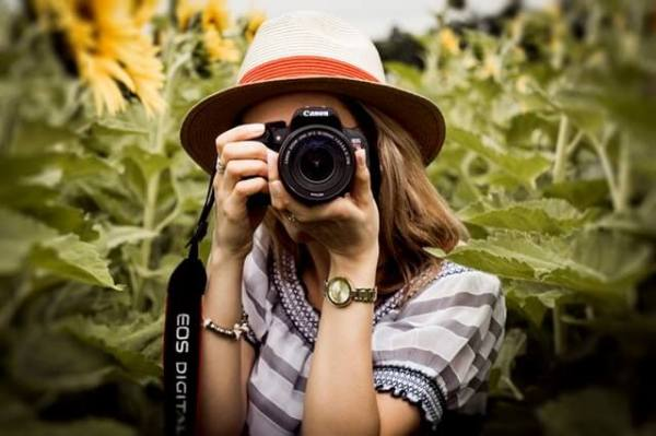 make money fast by taking photography as a side job