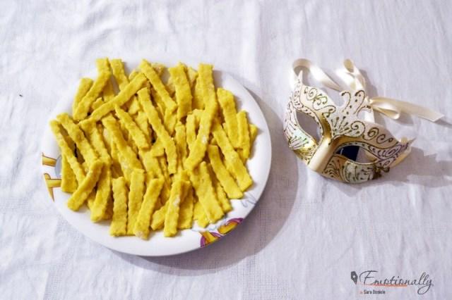 Chiacchiere di Carnevale ricetta napoletana
