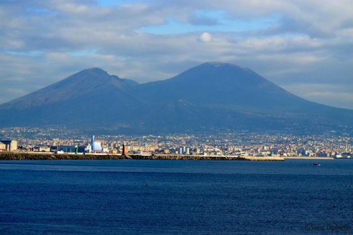 Cosa vedere a Napoli in un giorno: itinerario a piedi