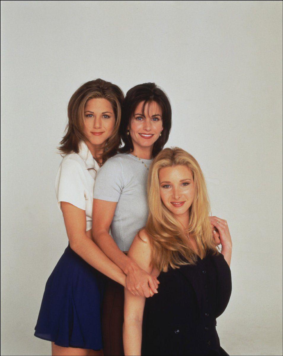 Friends-the-girls-of-friends-516716_955_1200