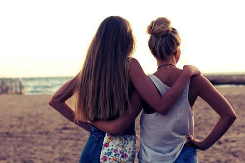 beatch-fashion-friends-girls-Favim.com-771509