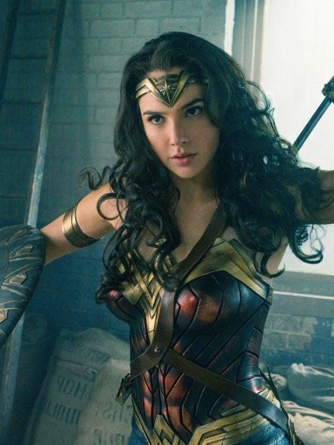 2017-The-Wonder-Woman-Gal-Gadot-wide