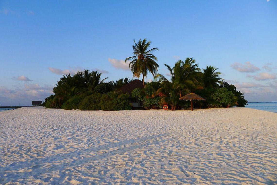 Desert_Island_(8685053723)