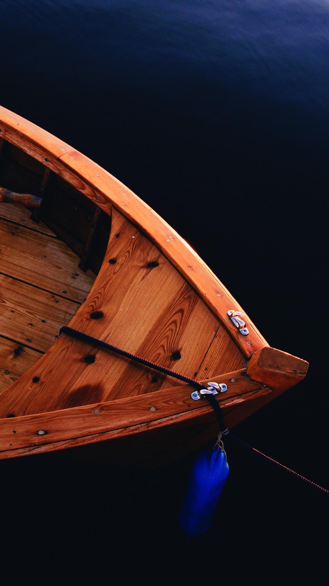 vintage-boat-4457