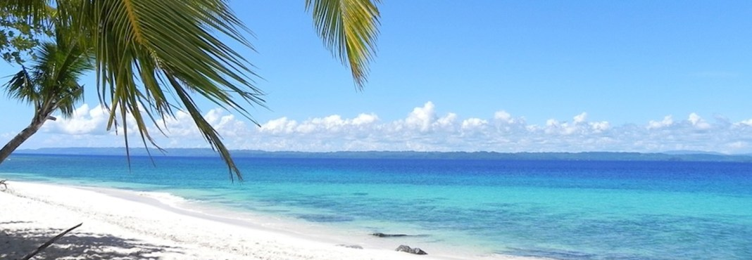 white-sandy-beach-928100_960_720