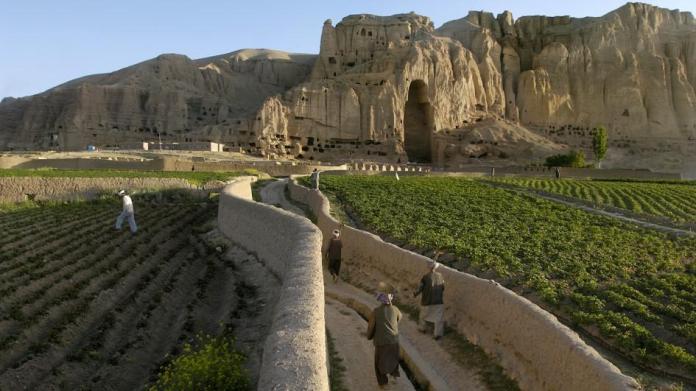 afghanistan-buddha-mountains.ngsversion.1396531519834.adapt.945.1