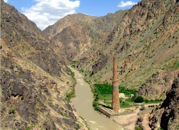 afghanistanminaretjamcrop