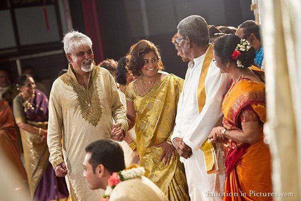 malayalee-hindu-wedding-kuala-lumpur-malaysia-bride-arrival