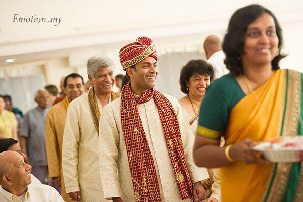 groom-entrance-indian-hindu-ceylonese-wedding-ceremony-malaysia
