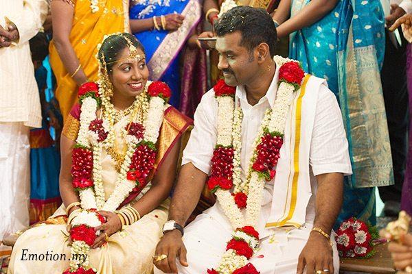 indian-hindu-wedding-malaysia-groom-bride
